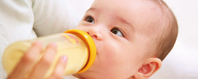 Most Common Ways to Get Your Breastfed Baby to Take a Bottle