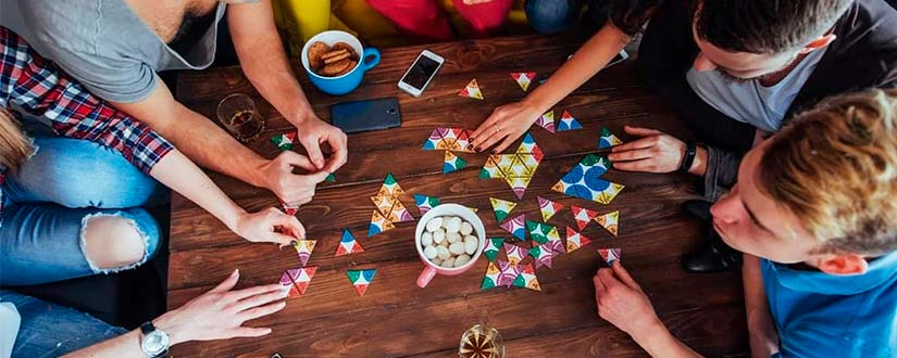 Top Family Game Night Ideas For Spending Time in the Family Circle