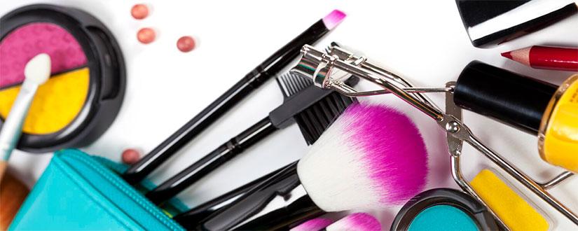 Pregnancy Safe Makeup: Beauty Secrets For the New-Age Super Moms